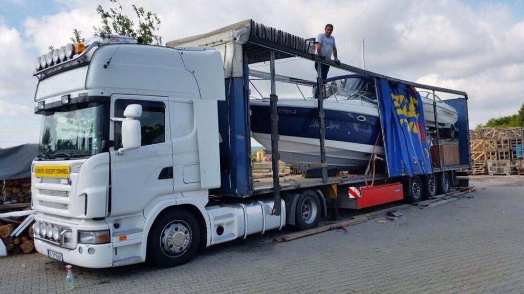 транспорт на яхти