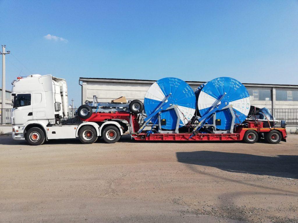 транспорт на извънгабаритни товари